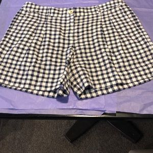 Gingham print Tommy Bahama linen shorts